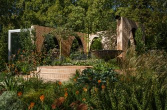 THE SOUTHERN HEMISPHERE'S MOST STUNNING GARDENS REVEALED